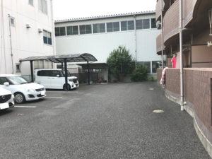 三重県四日市市 一棟売マンション 駐車場